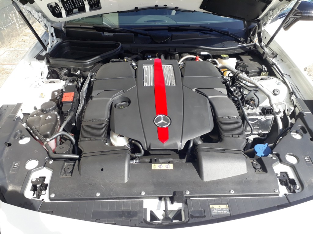 Aluguer Mercedes Cabrio SLC 43 AMG